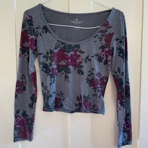 American Eagle Outfitters gray long sleeve, floral